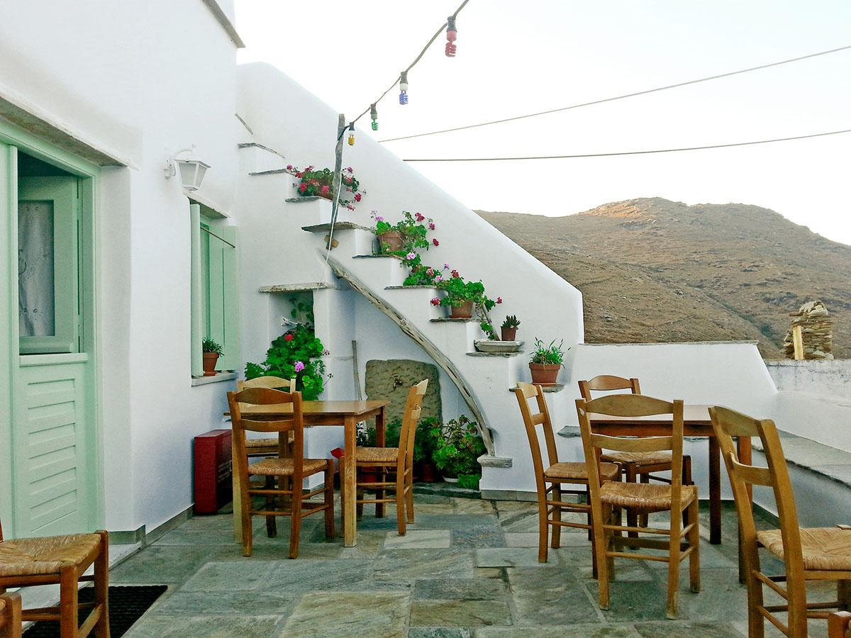 tinos-greek-island-beaches-tourism-kounaria-Tavern_Aetofolia Village-romantic