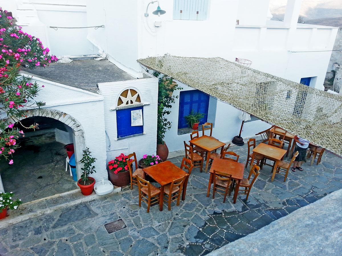 tinos-greek-island-beaches-tourism-kounaria-Tavern_Aetofolia Village