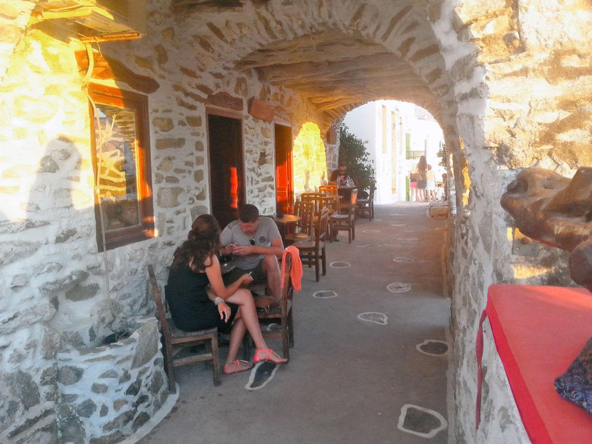Cafe_in_tholaria_Amorgos_Greece_Arcade_Rakezo Cafe
