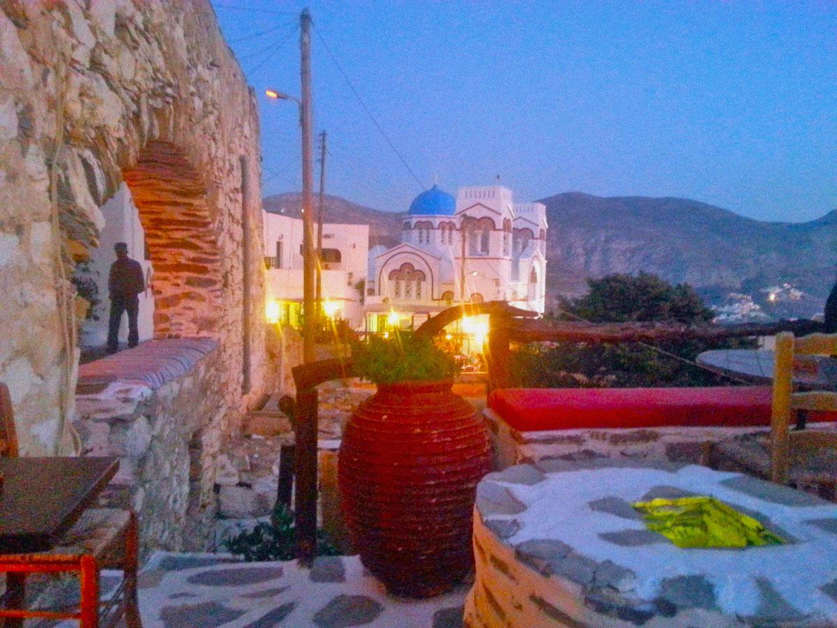 Cafe_in_tholaria_Amorgos_Greece_night_view_Rakezo Cafe
