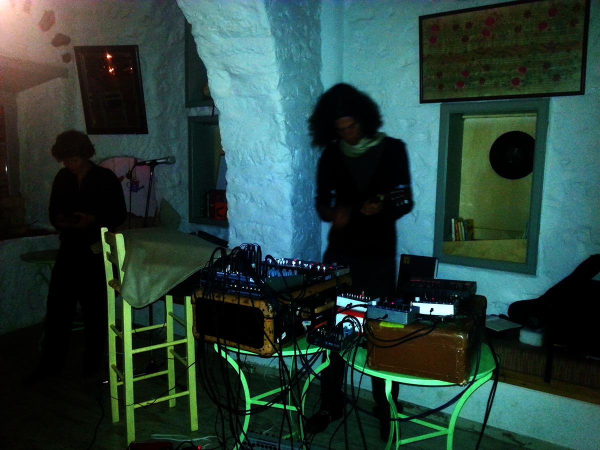 amorgos-cyclades-island-endless-blue-greece-summer-vacation-Lagkada-To-Pergalidi-music