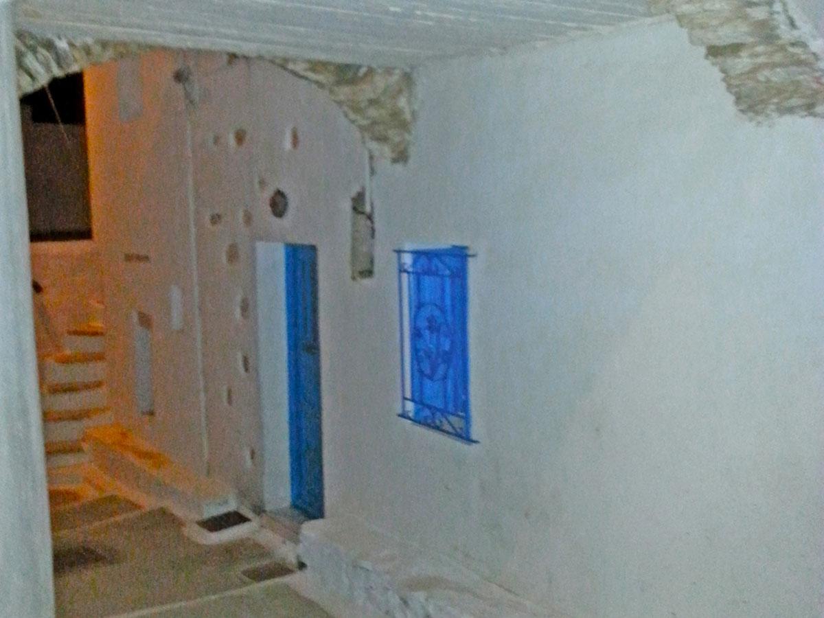 amorgos-cyclades-island-endless-blue-greece-summer-vacation-Lagkada-alleys