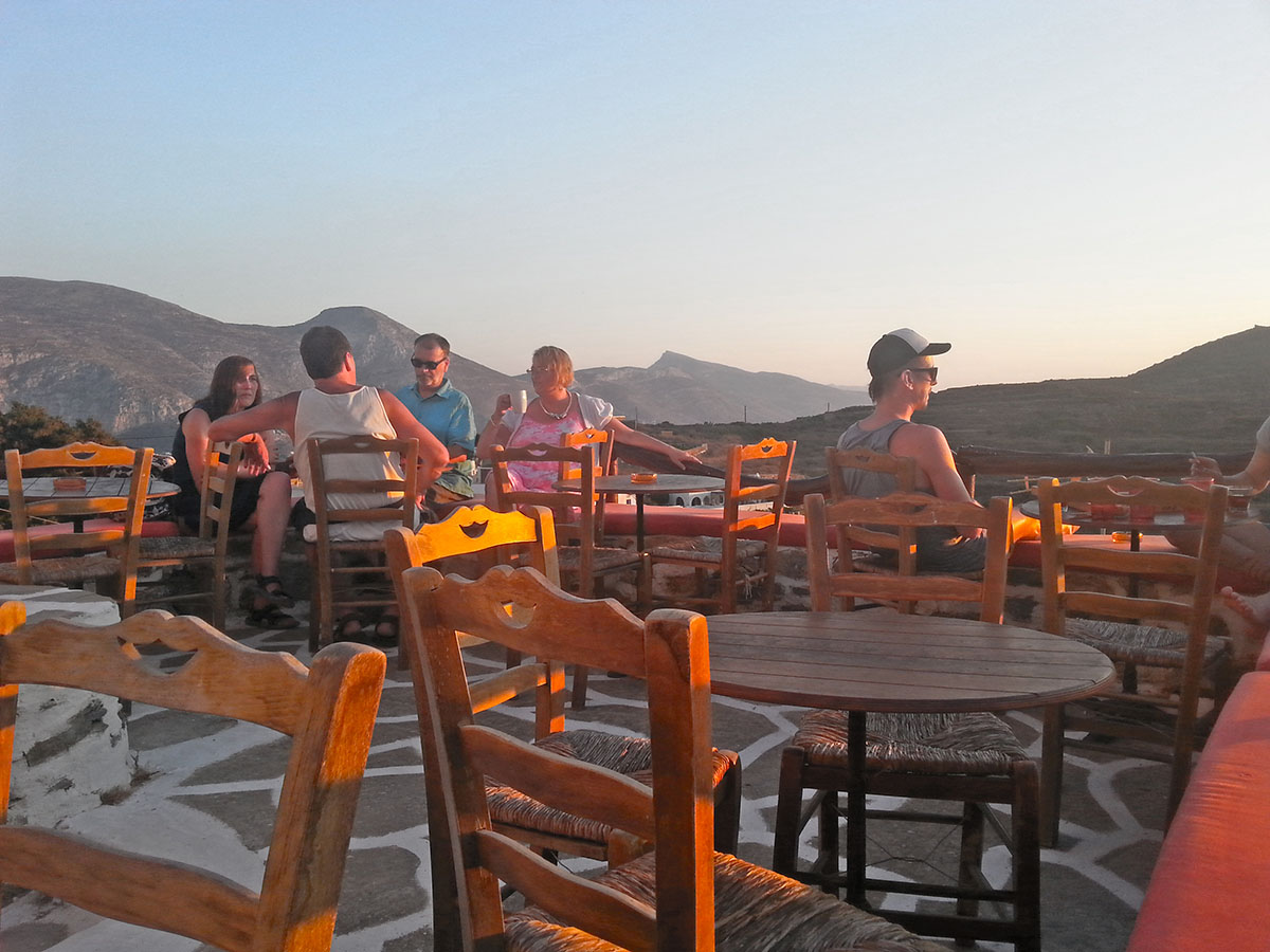amorgos-cyclades-island-endless-blue-greece-summer-vacation-Tholaria-Rakezo-Cafe
