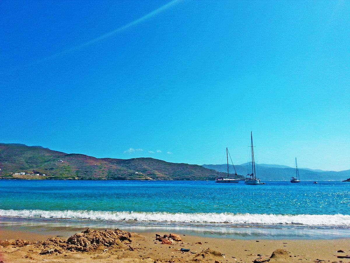 amorgos-cyclades-island-endless-blue-greece-summer-vacation-katapola-Maltezi-beach-sea-view