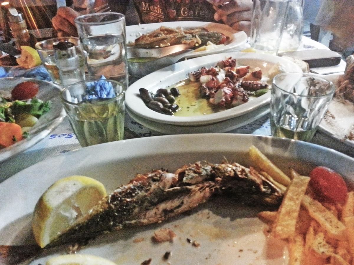 amorgos-cyclades-island-endless-blue-greece-summer-vacation-katapola-Mouragio-greek-sea-food