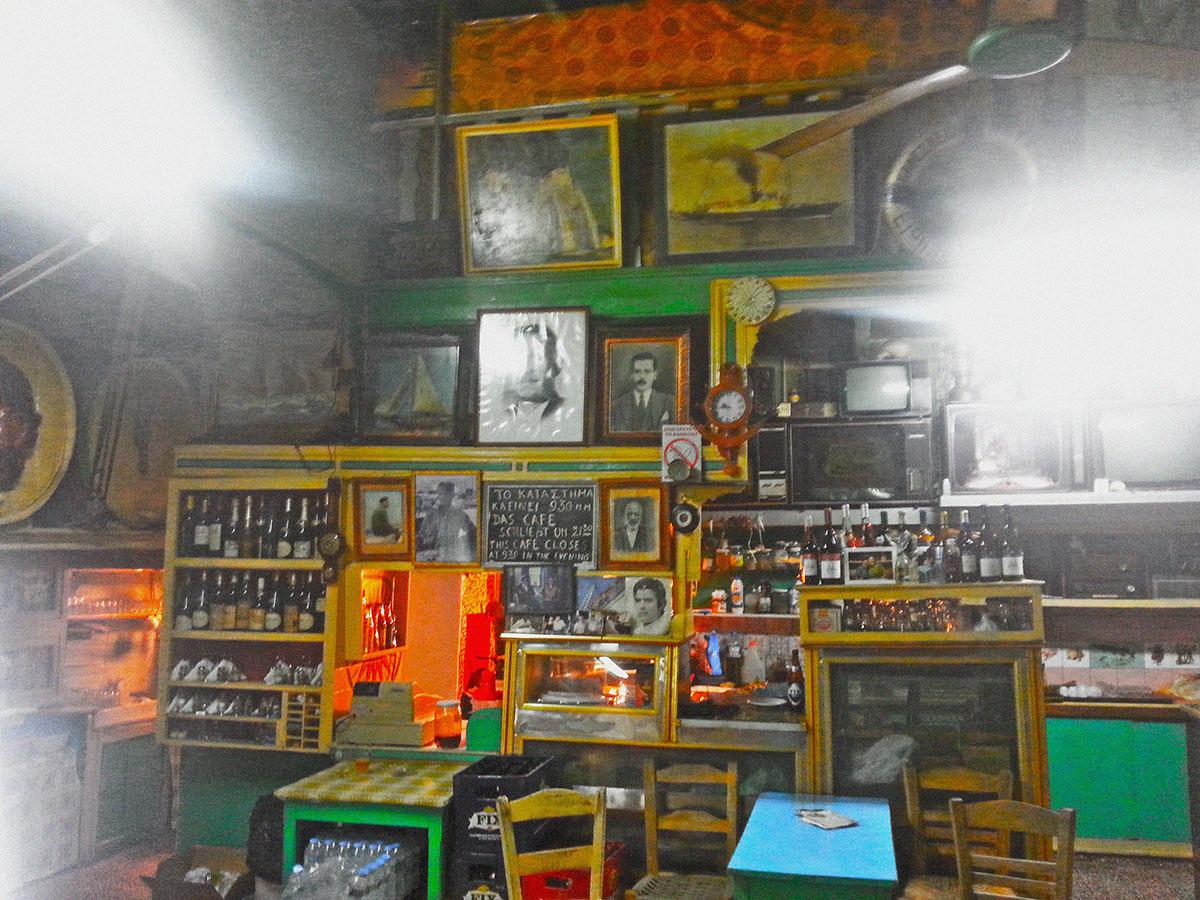 amorgos-cyclades-island-endless-blue-greece-summer-vacation-katapola-Prekas-products
