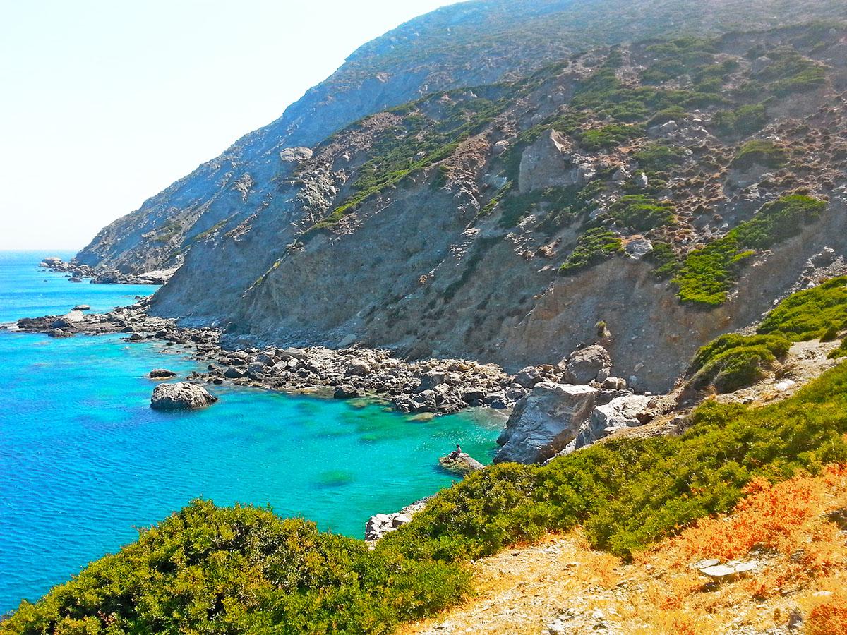 amorgos-island-endless-blue-greece-summer-vacation-Agia-Anna-Beach-holidays