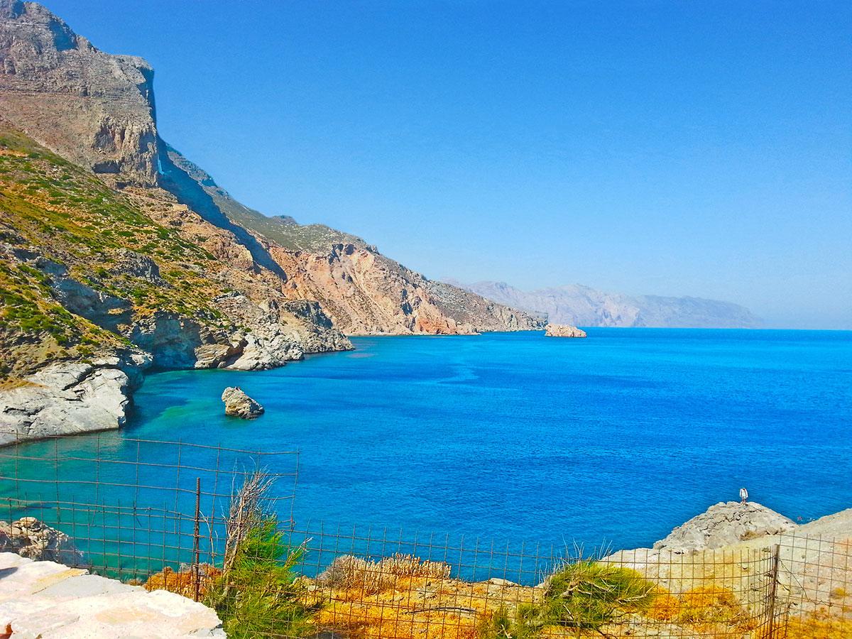 amorgos-island-endless-blue-greece-summer-vacation-Agia Anna Beach