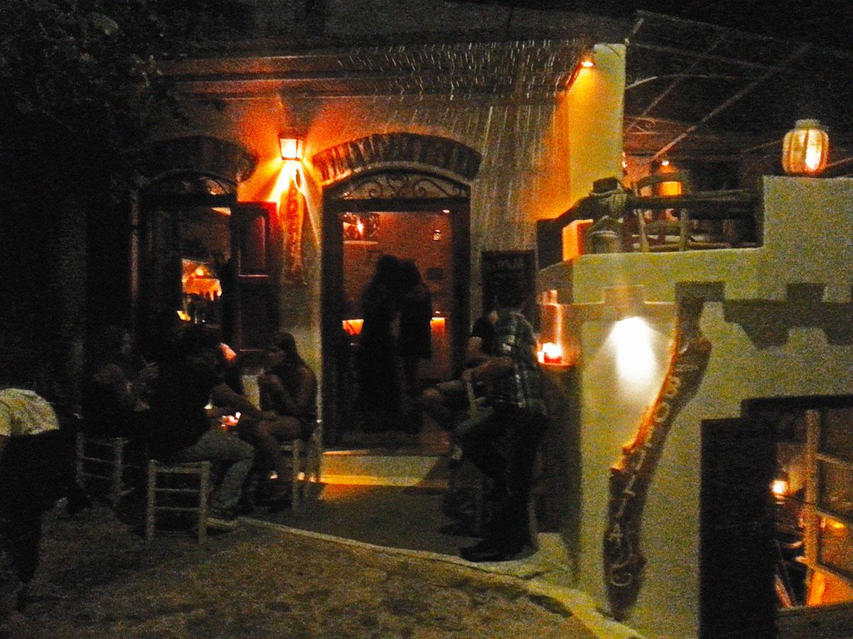 amorgos-island-endless-blue-greece-summer-vacation-relax-time-Botilla Bar