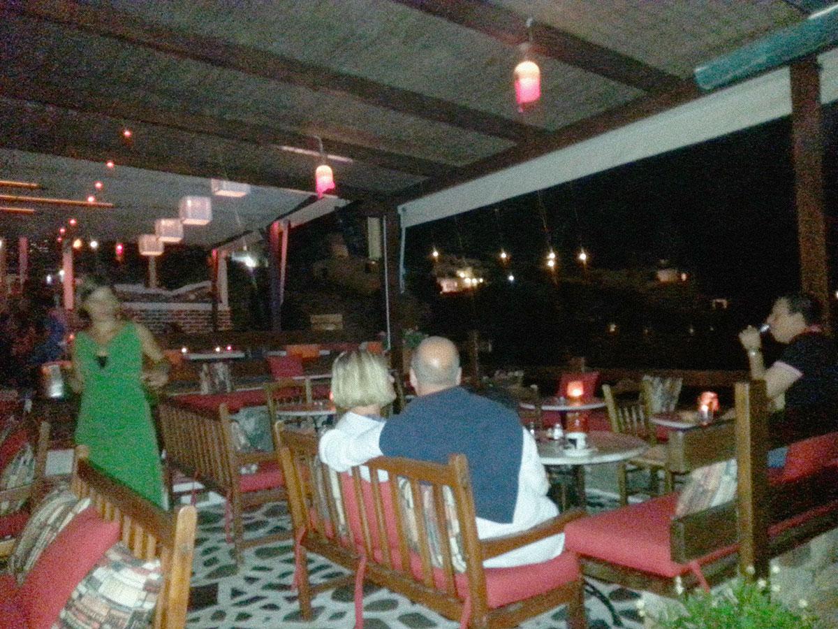amorgos-island-endless-blue-greece-summer-vacation-Embassa-bar