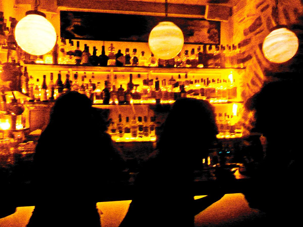 amorgos-island-endless-blue-greece-summer-vacation-Giasemi Bar