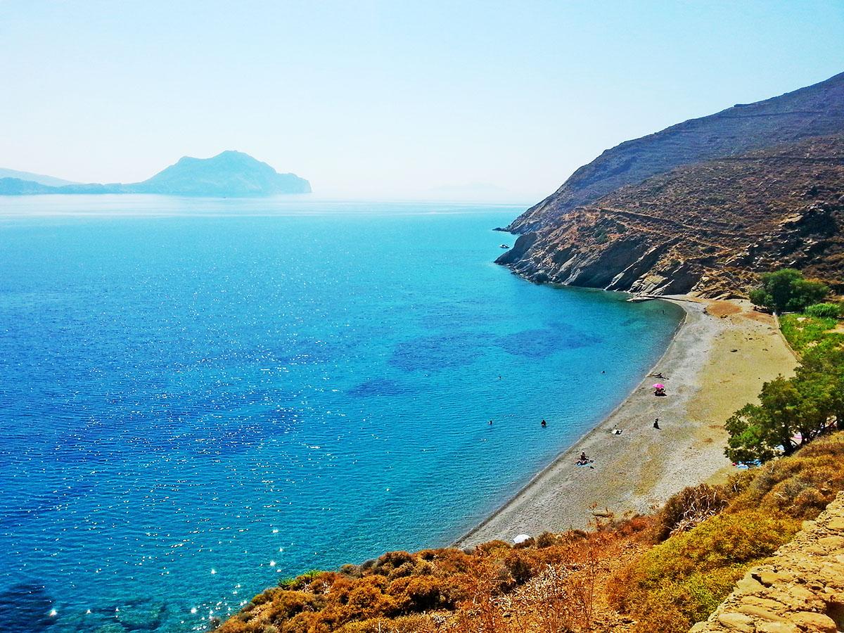 amorgos-island-endless-blue-greece-summer-vacation-Levrossos-beach