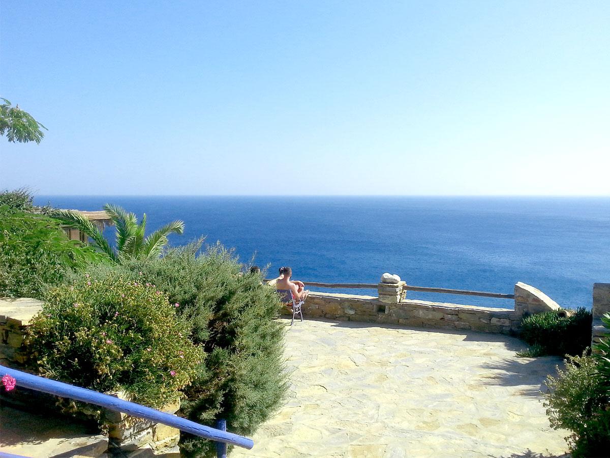 amorgos-island-endless-blue-greece-summer-vacation-Mouros Beach-holidays