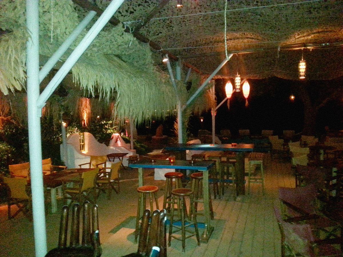 amorgos-island-endless-blue-greece-summer-vacation-aegiali-ammos-bar