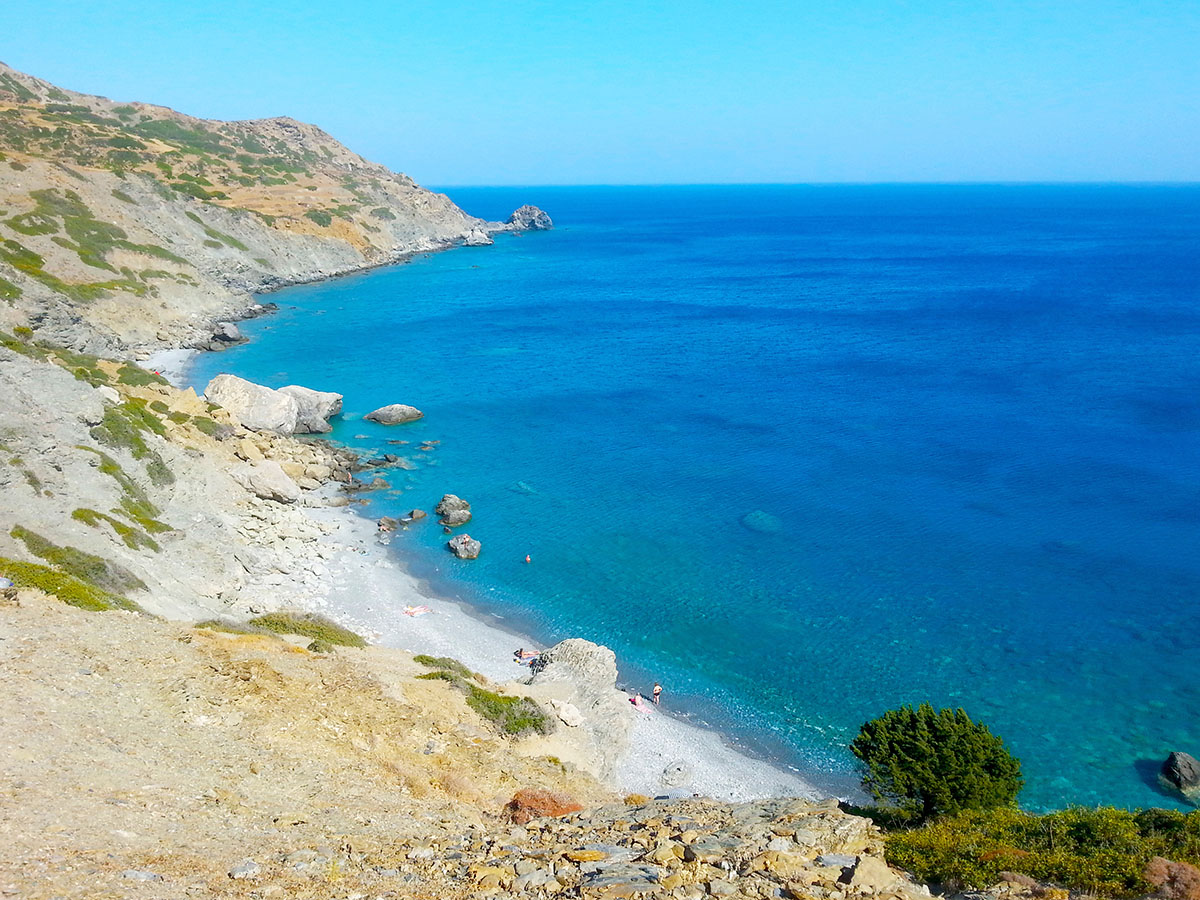 amorgos-island-endless-blue-greece-summer-vacation-holidays-Mouros Beach