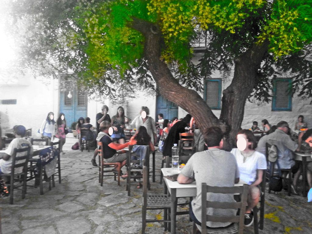 amorgos-cyclades-island-endless-blue-greece-summer-vacation-Tsagkaradiko