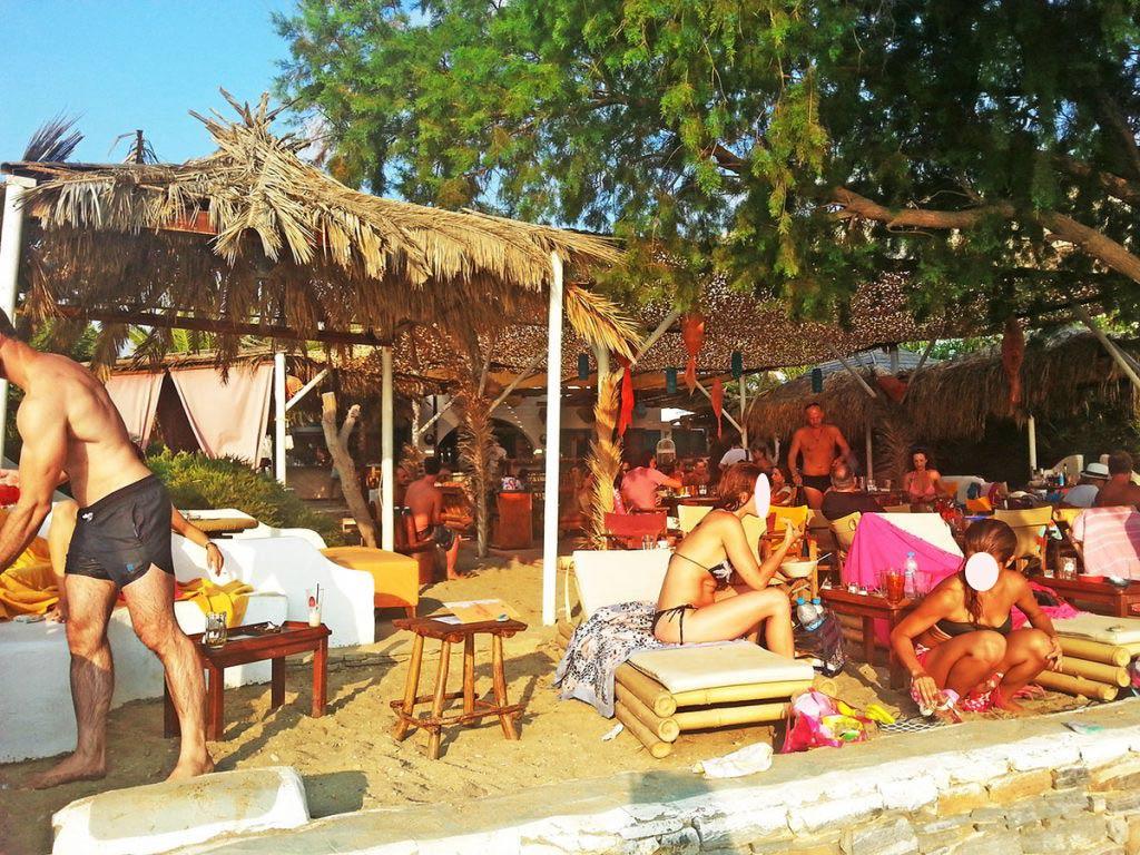 amorgos-island-endless-blue-greece-summer-vacation-ammos-bar-aegiali